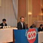 主催者代表挨拶をする今泉会長(2)