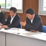 要請について説明する加藤光一連合福島事務局長(右)