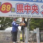 コンテスト結果を発表する今泉裕副実行委員長・審査委員長