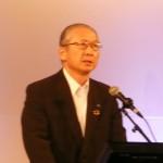 集会で挨拶する連合神津里季生会長