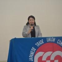 主催者を代表して挨拶する連合福島青年女性委員会大越香代子代表幹事
